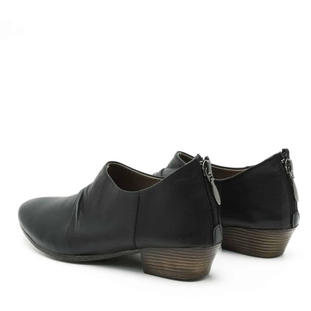 נעלי סירה סגורות – דגם דריה