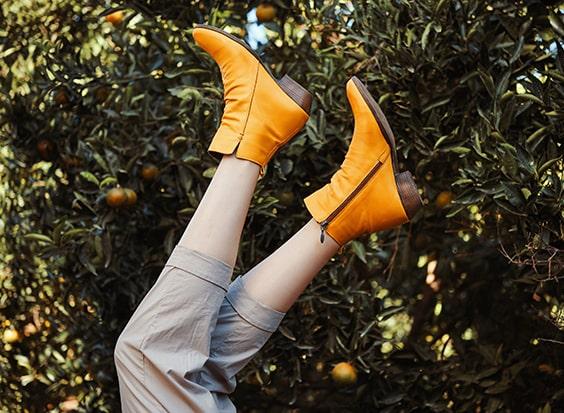 כל הדרכים לניקוי נעלי זמש