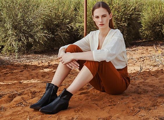 נעליים תואמות לבגדים