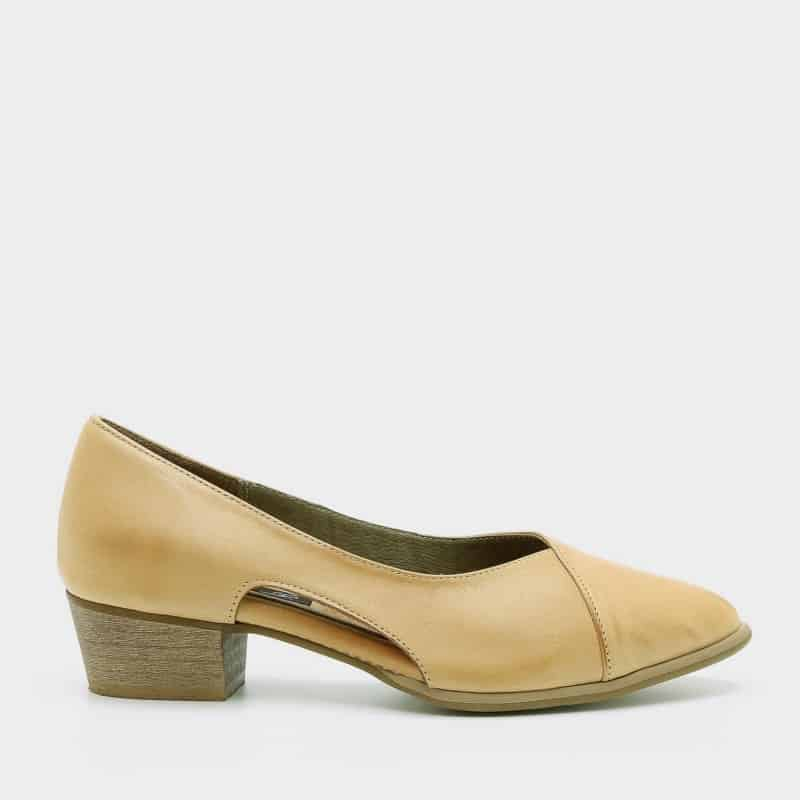 עבור לדף מוצר של נעלי דגם