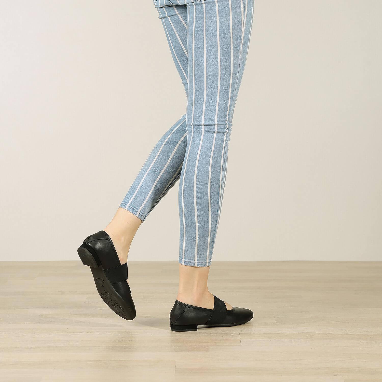 תמונת אווירה של נעלי בלרינה שטוחות בצבע שחור 2 - דגם אורה 5911