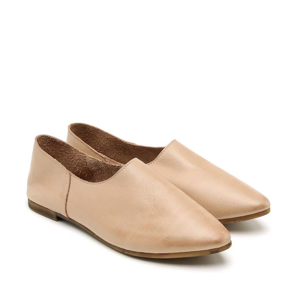 נעל בלרינה שטוחה בסגנון קלאסי בצבע בז' - דגם נגה 8890