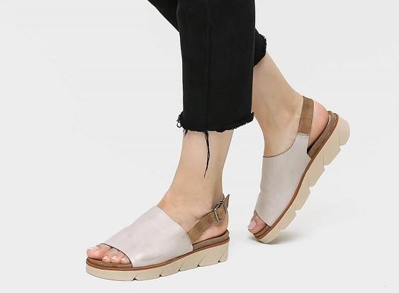 נעליים נוחות לנשים לעמידה ממושכת