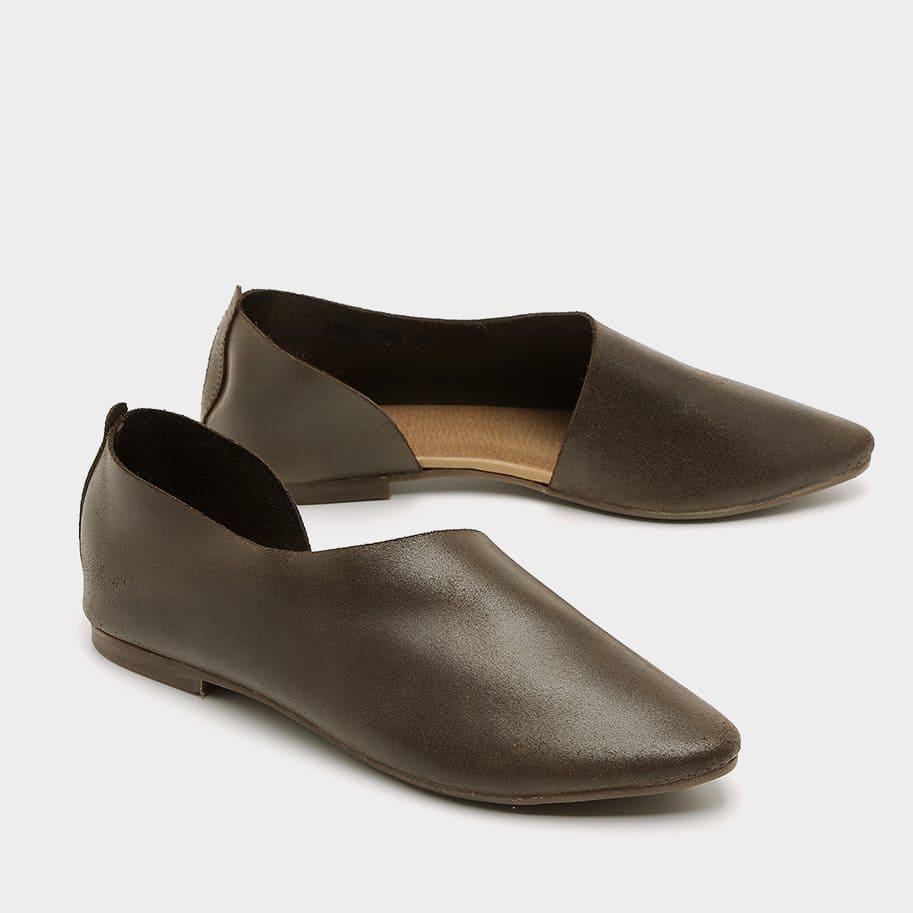 נעלי בלרינה שטוחות בעיצוב נקי – דגם לאה