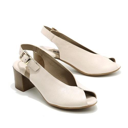 נעליים עודפים