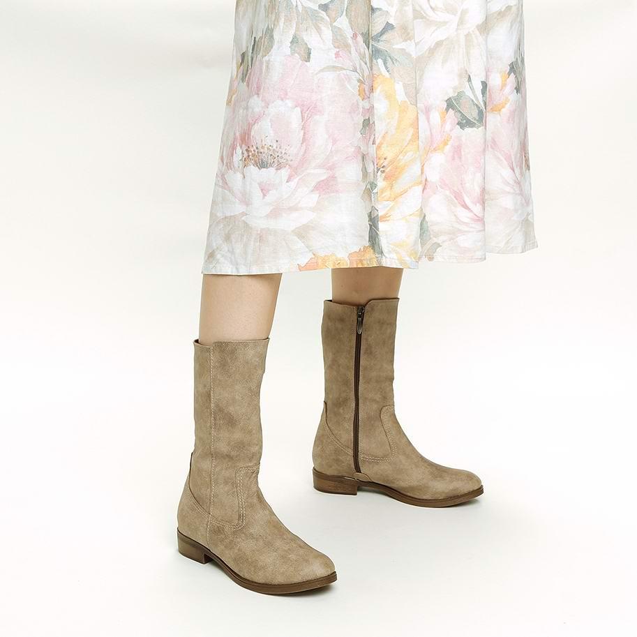 מגפיים טבעוניים בעיצוב מינימליסטי – דגם רגב