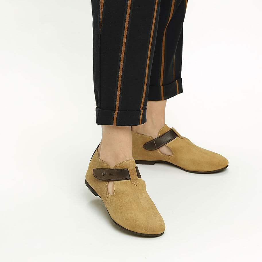 נעלי אלגנט עם רצועה דגמית לנשים דגם אופל