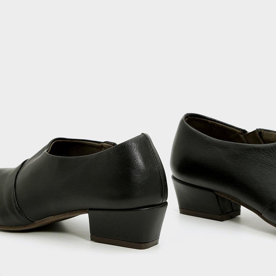 נעלי שיק עם חרטום מחודד – דגם נינה