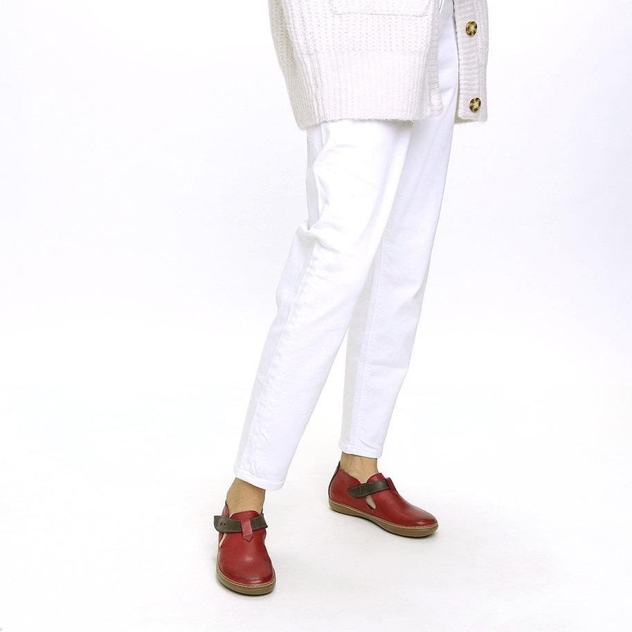 נעלי קז'ואל עור סגורות – דגם לינוי