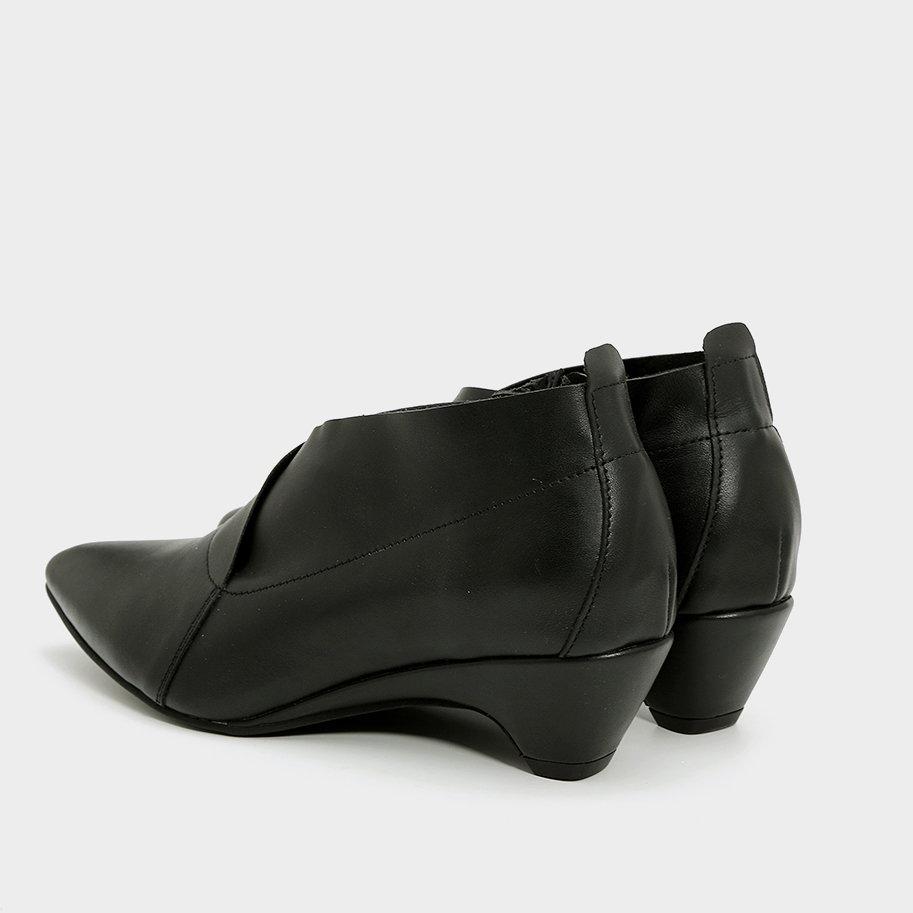 נעלי שפיץ אלגנטיות – דגם אריאנה