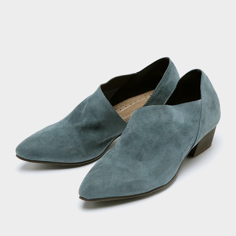 נעליים צרפתיות מזמש – דגם אודט