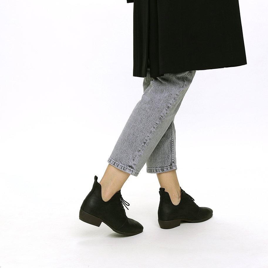 נעלי שרוכים מעור – דגם בריטני